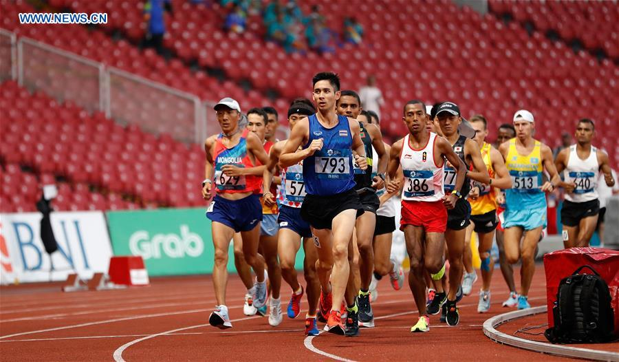 Runners compete during Athletics Men's Marathon at Asian Games 2018