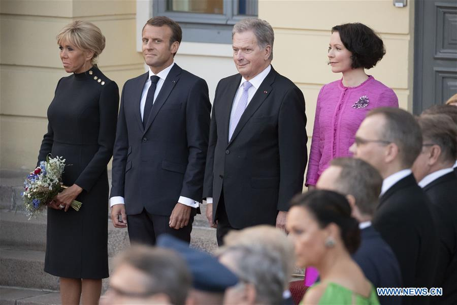 Finnish president welcomes visiting French counterpart in Helsinki