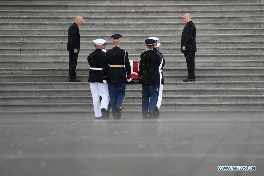 Casket of John McCain carried to US Capitol in Washington D.C.