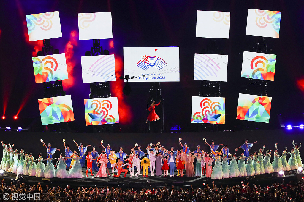 8-minute show concludes Jakarta Asiad, welcomes Hanghzou 2022