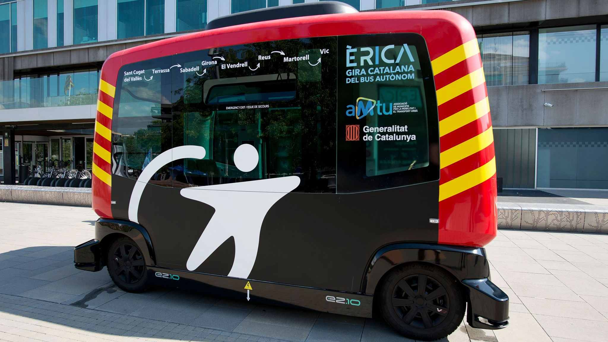 'Erica', driverless bus goes on road test in Catalonia, Spain