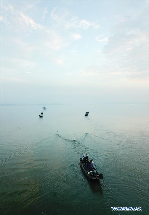 Fishing ban on Taihu Lake lifted after 7 months of fishing moratoriu in China's Zhejiang