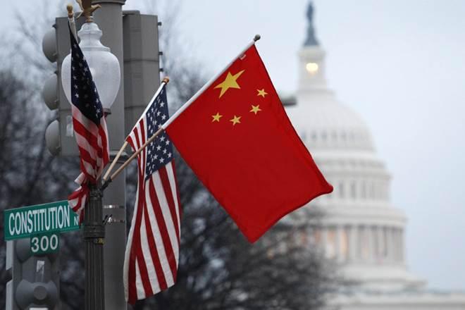 中美两国国旗.jpg