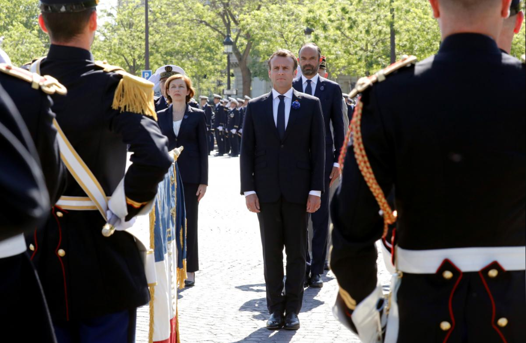 France's Macron tells Iran's Rouhani to stick with nuclear deal