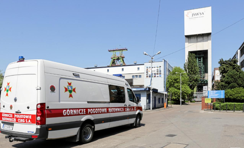 Two miners dead, three missing after quake at Polish coal mine