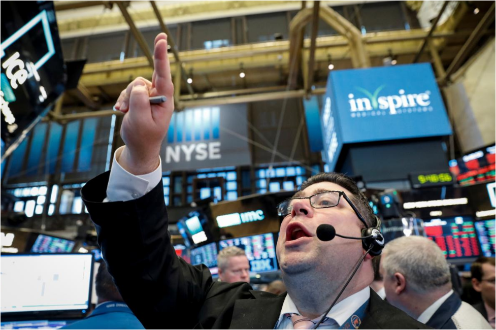 Apple leads Wall Street rally as inflation fears ease