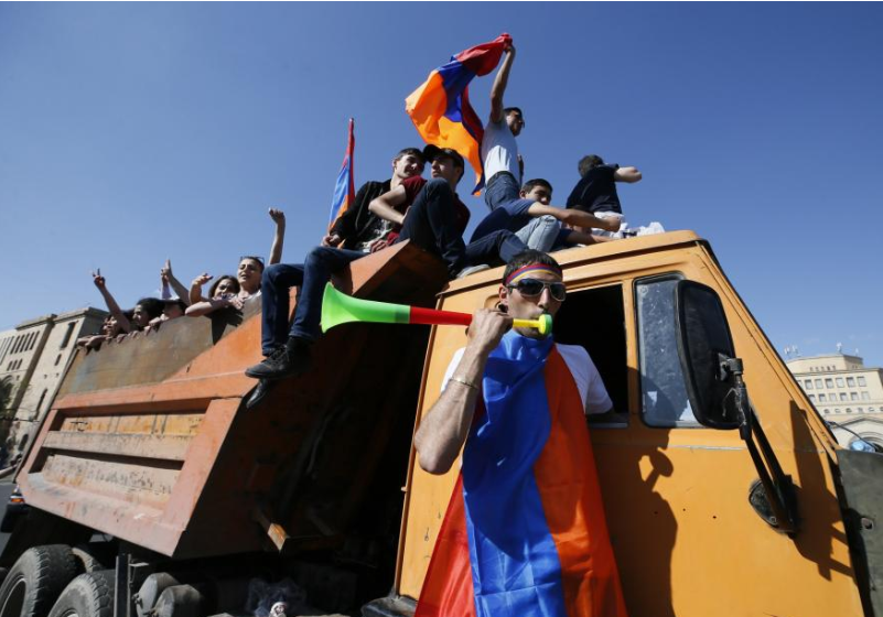 Armenian roads blocked after protest leader calls for civil disobedience campaign