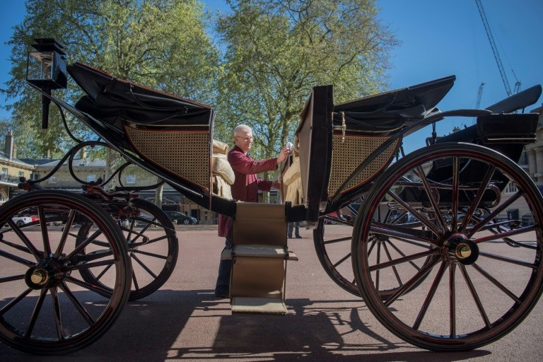 Prince Harry, Meghan pick carriage for wedding procession