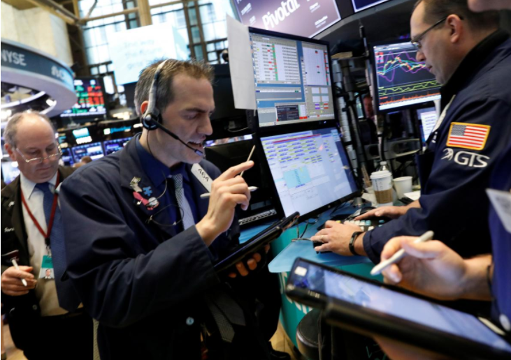 Wall Street edges higher as earnings optimism eases bond worries
