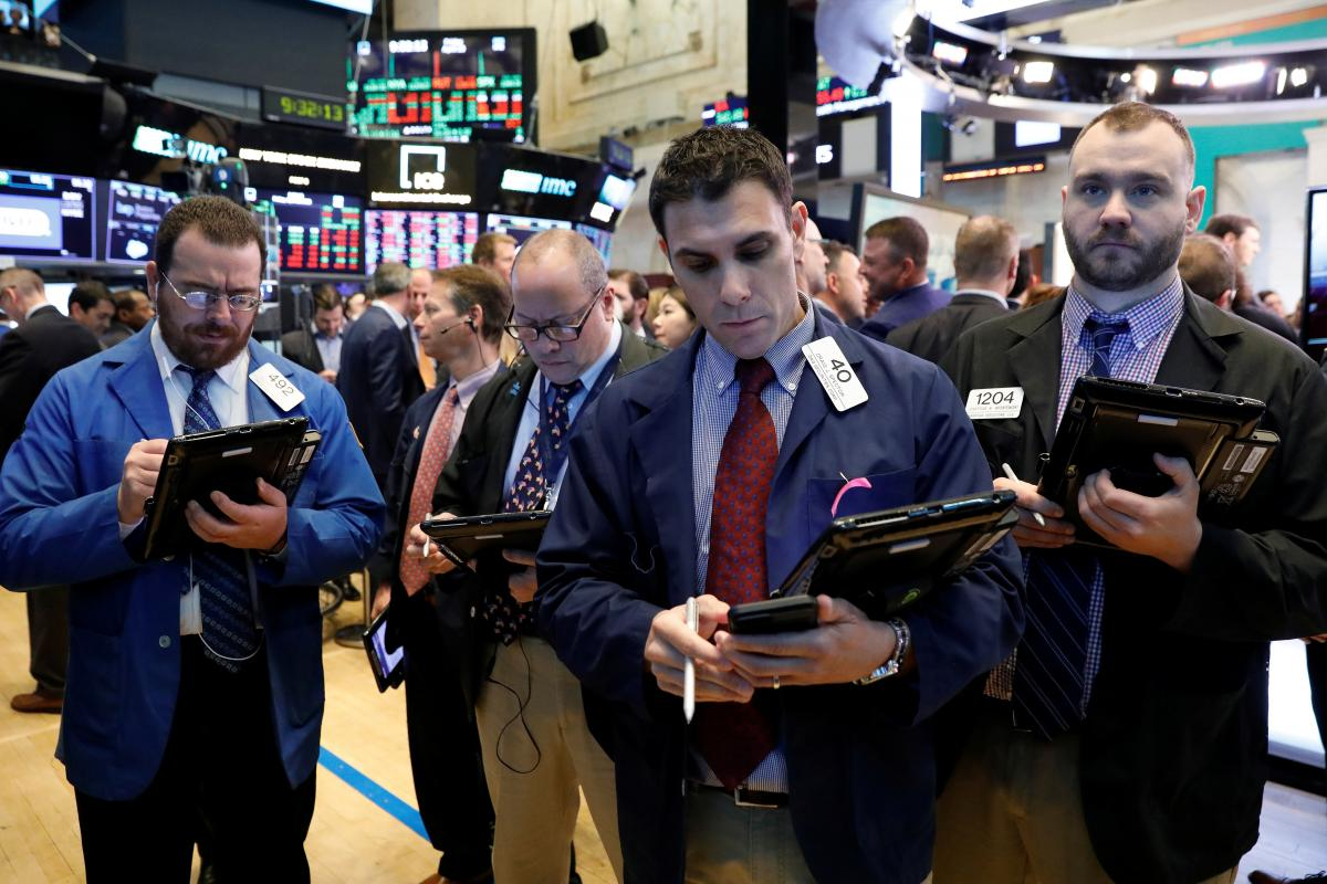 Wall Street slides as tech stumbles, Treasury yields climb