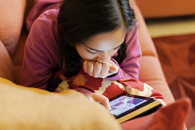 App installs parental controls to protect youngsters