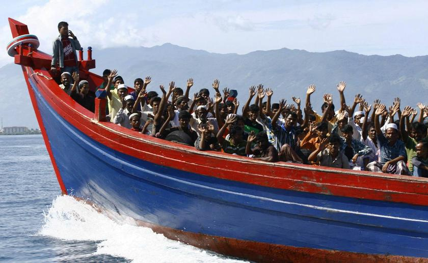 Boat with 70 Rohingya Muslims leaves Myanmar for Malaysia