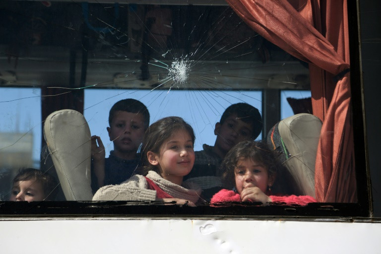 First strikes on Syria's Ghouta in days as talks sputter