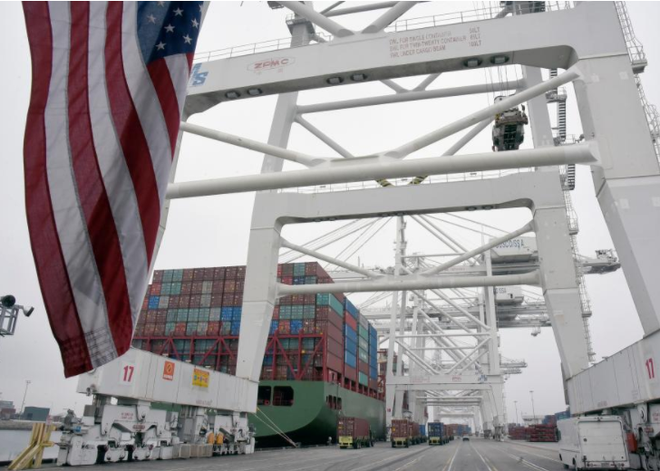 US trade deficit rises to near nine-and-a-half-year high in February