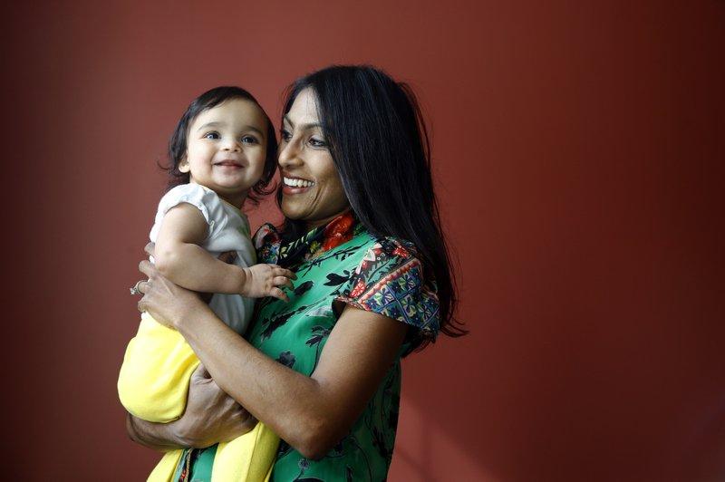 Female candidates across US stress gender, motherhood