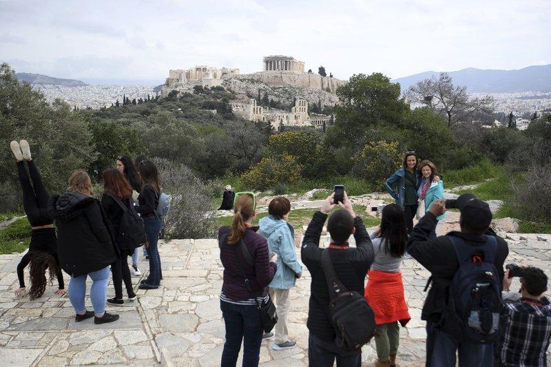 Greek museum strike shut sites in Athens, Crete
