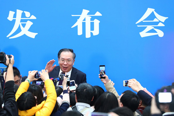 First session spokesman calls for reforms to curb China's air pollution