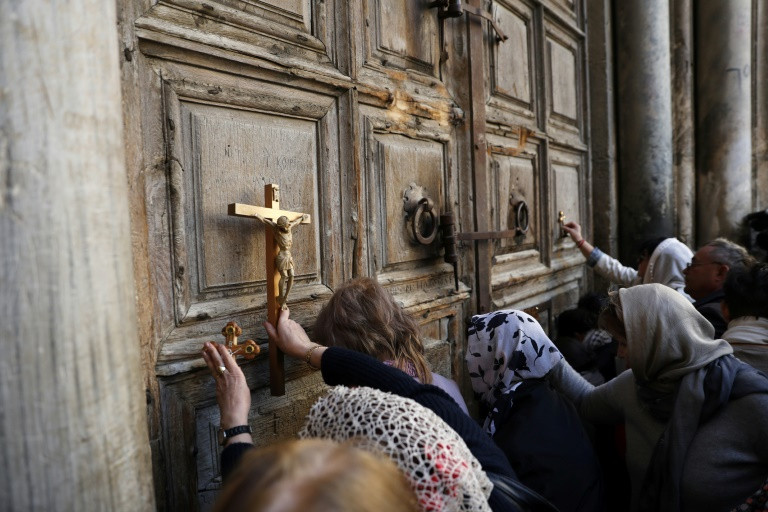 Israel suspends actions that led to closure of Christian holy site