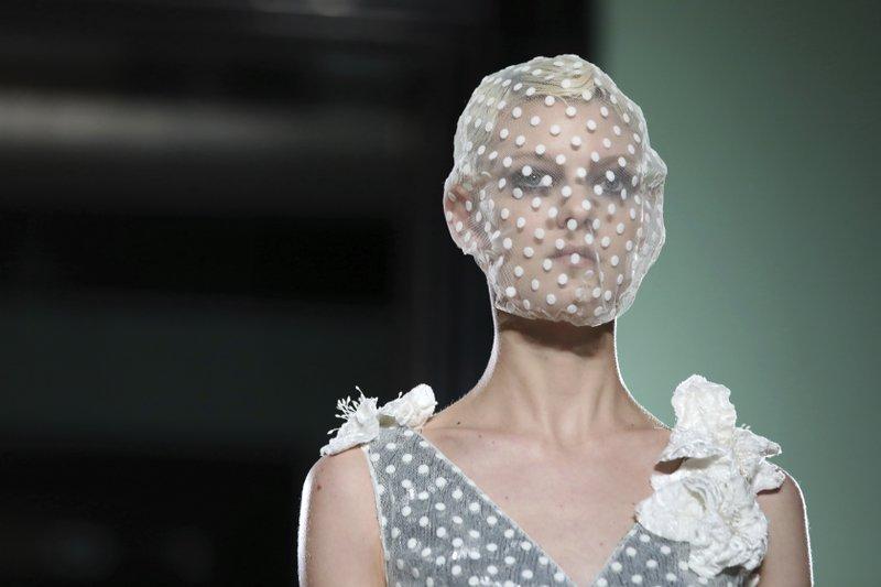 London Fashion: Erdem shows fancy florals; Kane goes for sex