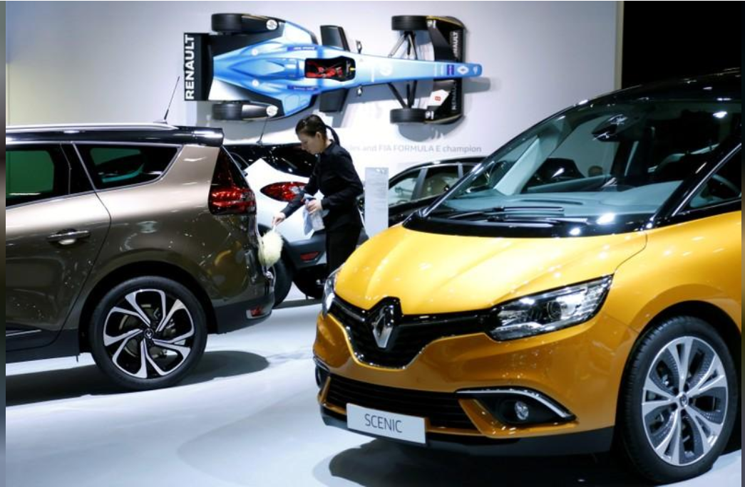 Record Renault earnings strengthen Ghosn's hand
