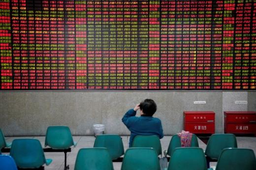 Shanghai stocks post worst day in two years, more companies suspend shares
