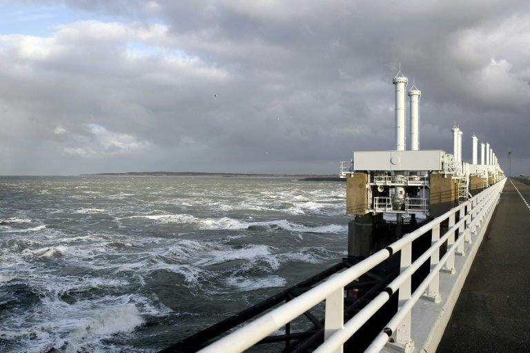 Sea levels off Dutch coast highest ever recorded in 2017
