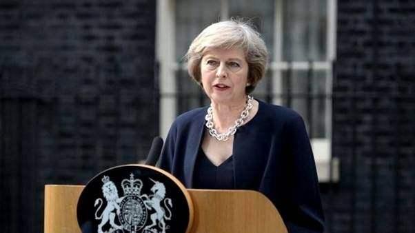 May seeks gender rebalance in cabinet reshuffle