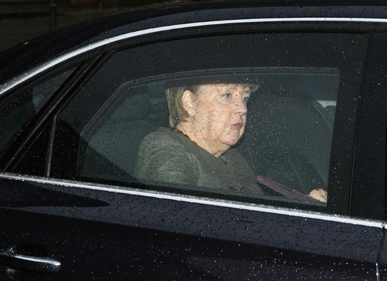 Merkel 'optimistic' in new bid to end political impasse