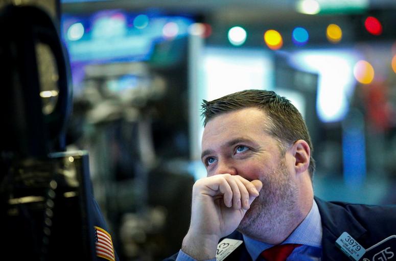 Tech stocks rebound as investors assess tax bill details