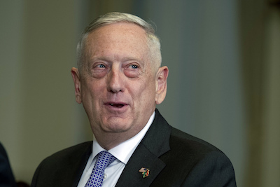 US defense chief arrives in Pakistan for talks