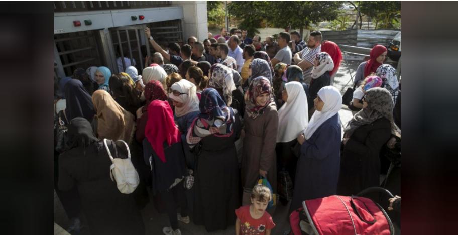 Breaking taboo, Jerusalem Palestinians seek Israeli citizenship