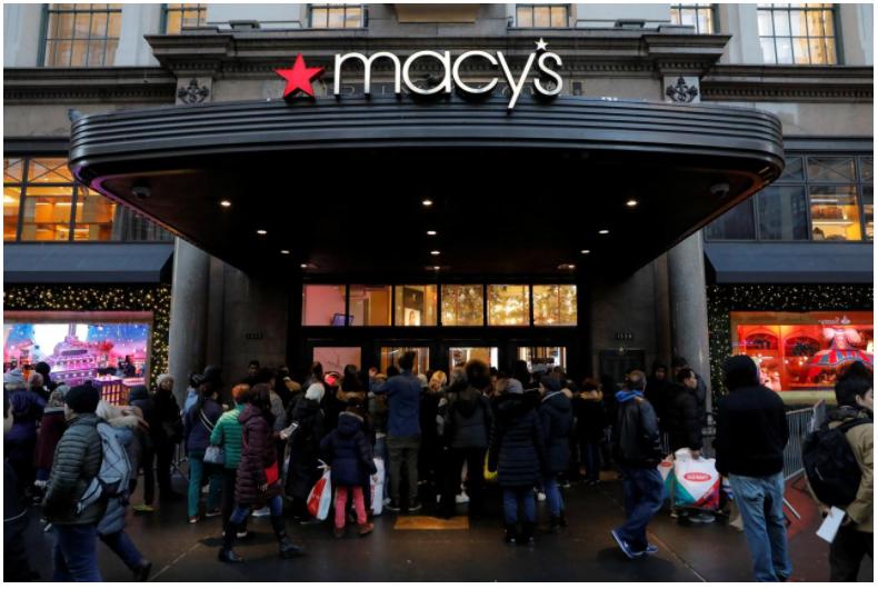 Macy's suffers credit card processing slowdown on Black Friday