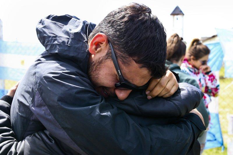 Argentina: Search for missing sub accelerates despite blast