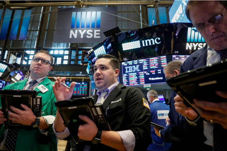 Wall St. ticks up, lifted by Verizon, chipmakers
