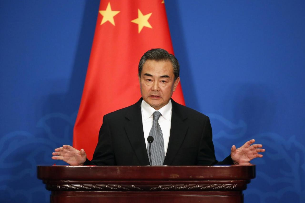 Chinese FM offers continued aid to Rohingya refugees in Bangladesh