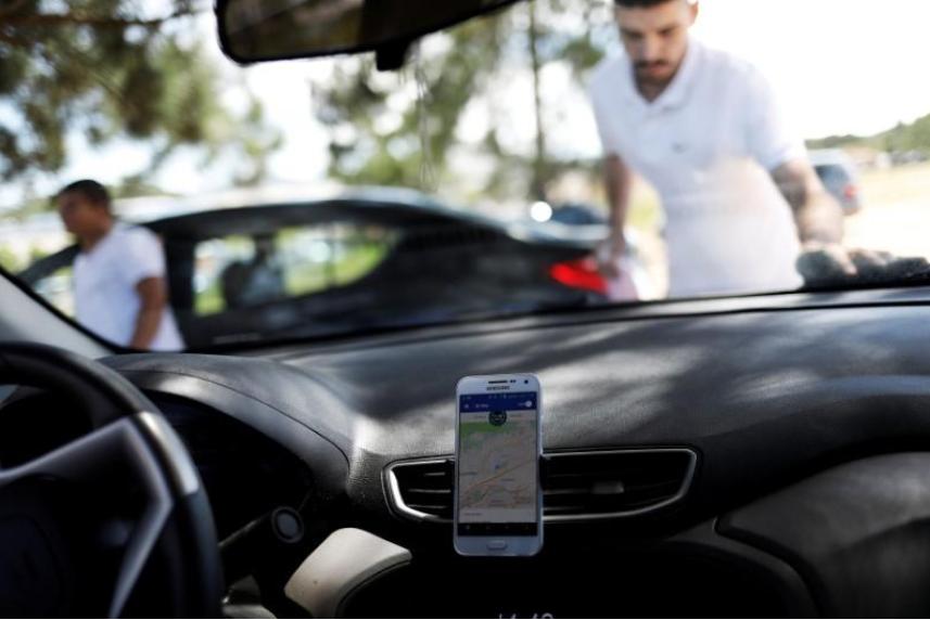Brazil speaker wants city rules for Uber, other car-hailing apps