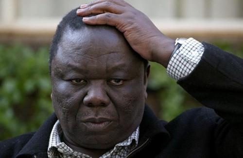 Zimbabwe's Tsvangirai calls on Mugabe to resign