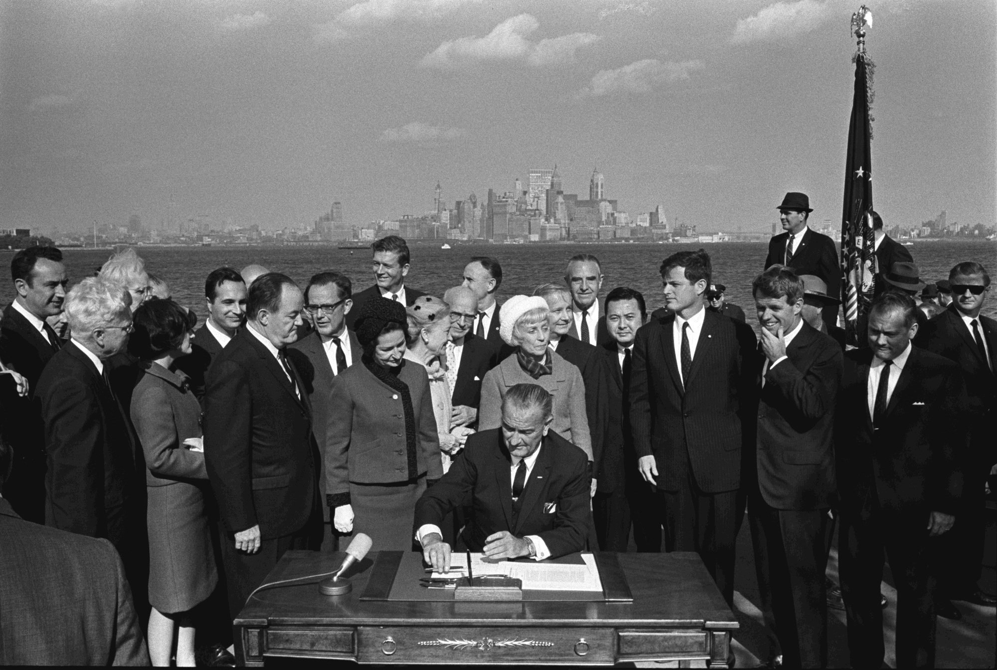 """""""Immigration and Nationality Act of 1965""""的图片搜索结果"""