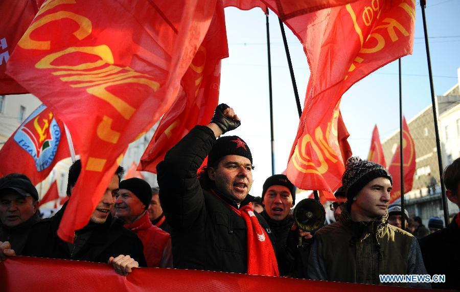 Exhibits from Russia mark centenary of October Revolution