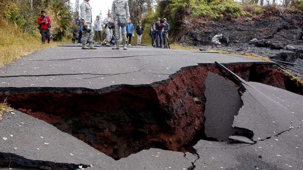 Scientists unsure when Hawaii's Kilauea volcano will quiet