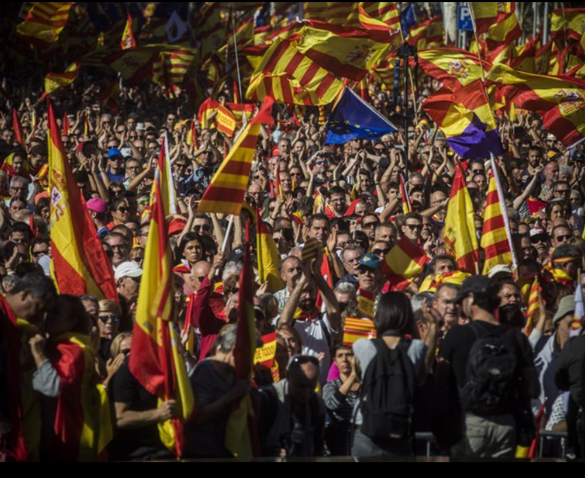 Huge rally in Barcelona rejects Catalan secession bid