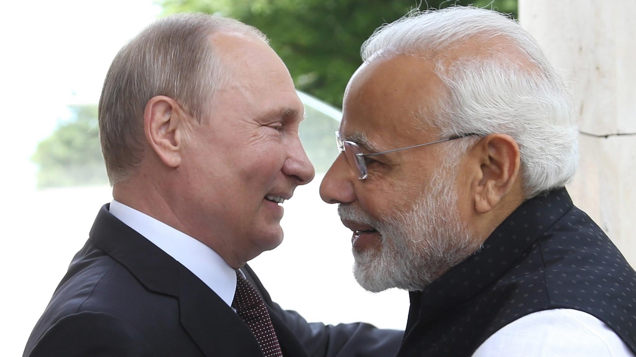 Putin, Modi vow to step up economic, energy cooperation