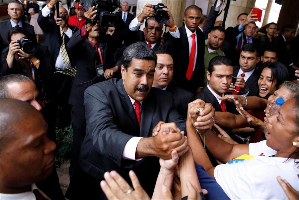Venezuela expels US envoy in response to sanctions