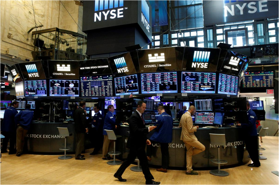 Wall Street remains lower on fresh concerns over US-China trade talks