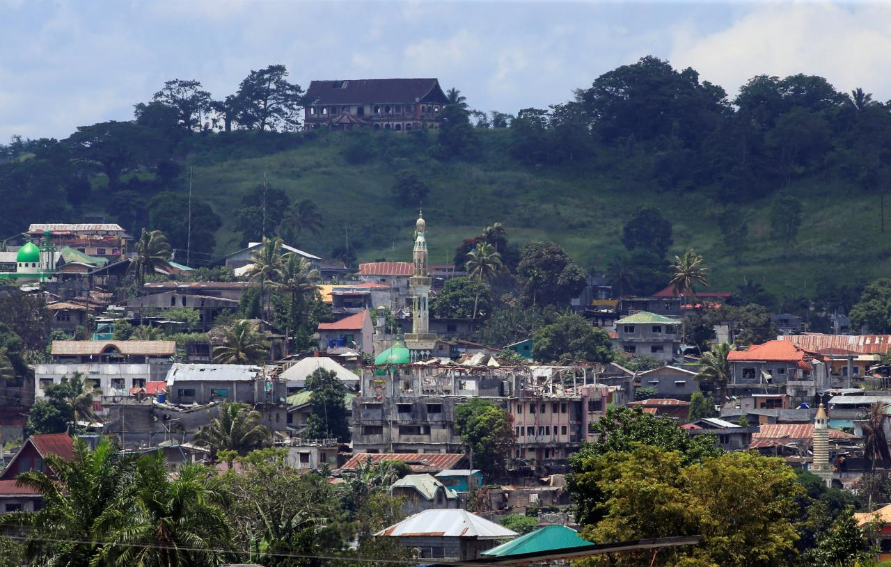 Philippine mayor thanks China for helping rebuild war-torn southern city