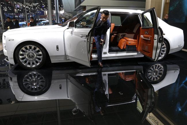 China auto industry gradually opening
