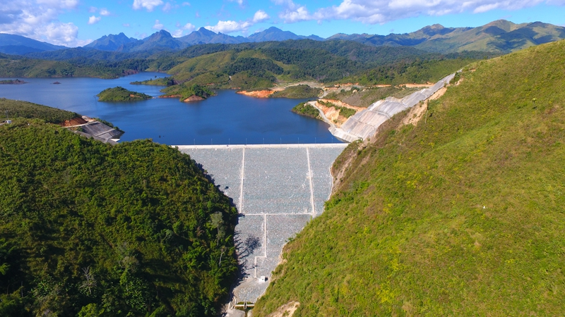 Chinese company-backed hydropower station provides power for Laos