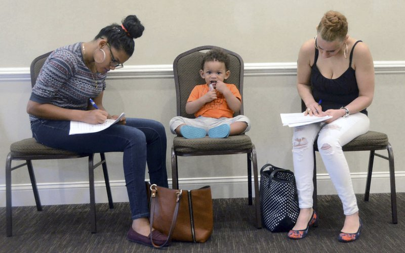 US employers keep on hiring despite growing trade concerns