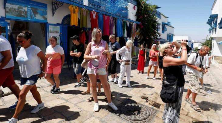 Tunisia expects to receive 8 million tourists in 2018