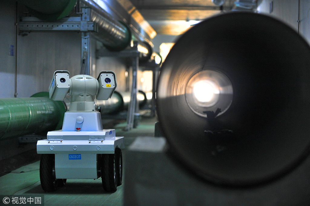 Robots patrol launched in NW China underground pipe network